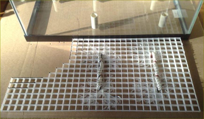 แผ่นตะแกรงกั้นช่องแสงบังไฟระบายอากาศ EggCrateScreengrille  แผงระแนงบังตาหน้ากากอาคาร