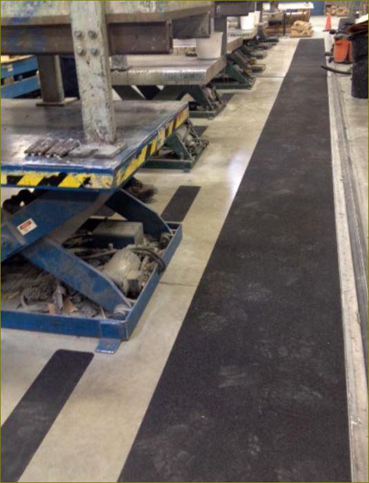 แผ่นปิดผิวเทปกันลื่นกั้นเขตตีเส้นสะท้อนแสงปิดจมูกแผงครอบบันได non-slippery tape frp Stair Tread Nosing