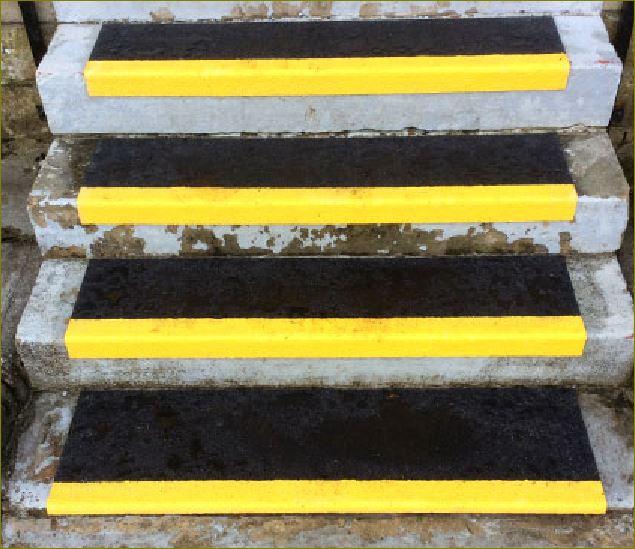 แผ่นปิดผิวเทปกันลื่นกั้นเขตตีเส้นสะท้อนแสงปิดจมูกขอบมุมคิ้วแผงครอบบันได skid Resistance SafetyWalkway Tape stair nosing cover