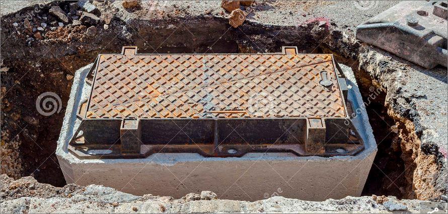ฝาปิดบ่อท่อพัก  Manhole cover grating