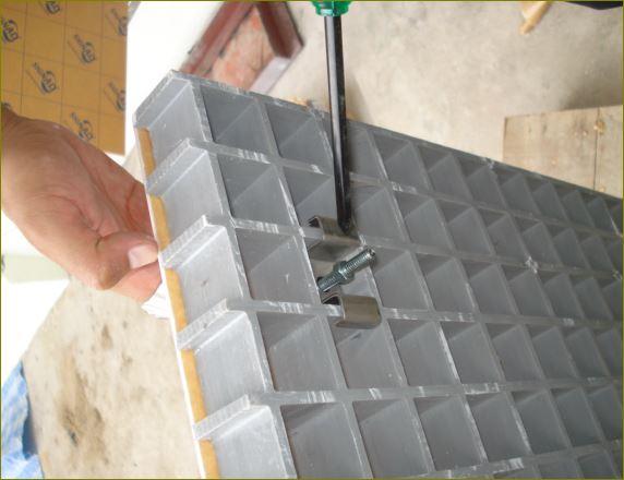 FrpCheckerPlateGratingManholeCover ตะแกรงเหล็กระบายน้ำไฟเบอร์กล๊าสฝาบ่อครอบท่อพักเกรตติ้ง