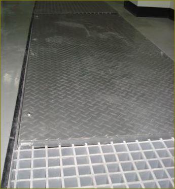 ฝาบ่อครอบท่อพักเกรทติ้งตะแกรงเหล็กระบายน้ำไฟเบอร์กล๊าส DuctileManholeCoverFrpCheckerPlateGrating