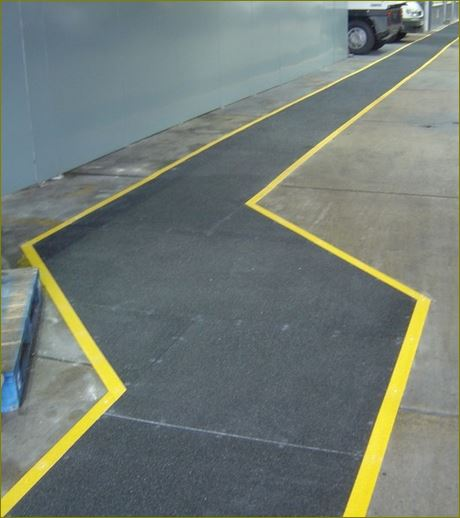 Anti-skid safety surface outdoor walkway tape แผ่นปิดผิวเทปกันลื่นกั้นเขตตีเส้นสะท้อนแสงปิดจมูกขอบมุมคิ้วแผงครอบบันได