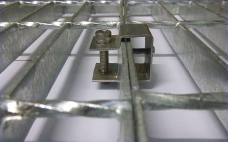 ตัวคลิปล็อคอุปกรณ์ยึดจับแผงตะแกรงเหล็ก Grating Saddle Clip Lock Clamp