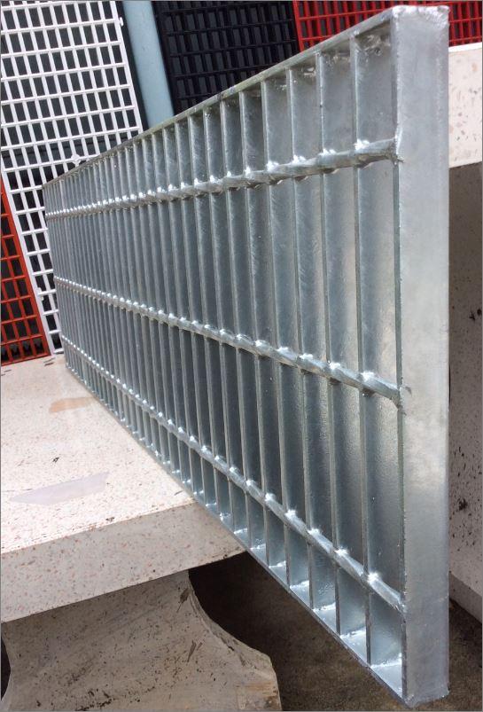 ตะแกรงเหล็กระบายน้ำสำเร็จรูป Galvanized Carbon Bar Steel Grating