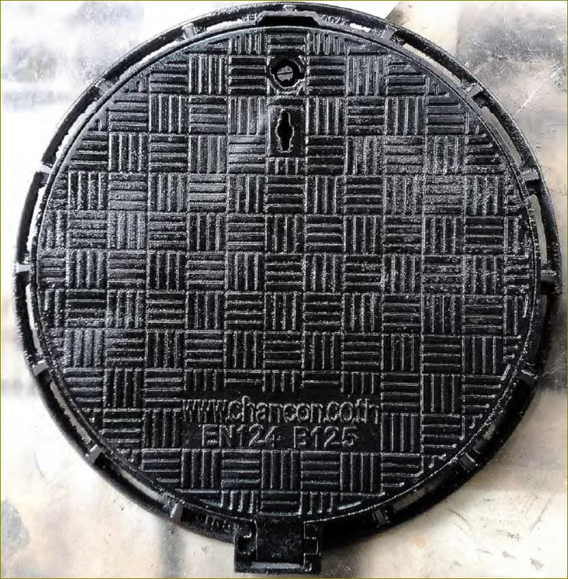 CastDuctile Iron Manhole Covers Frames ฝาท่อระบายน้ำเหล็กหล่อเหนียวเกรตติ้งตะแกรง