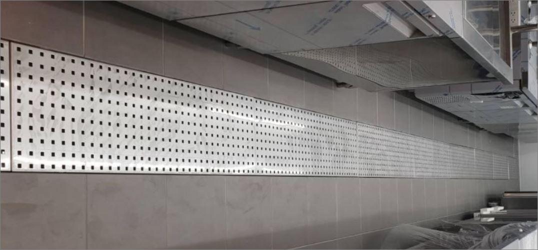 แผ่นตะแกรงแสตนเลสระบายน้ำ   Linear Luxury bathroom Stainless Grating