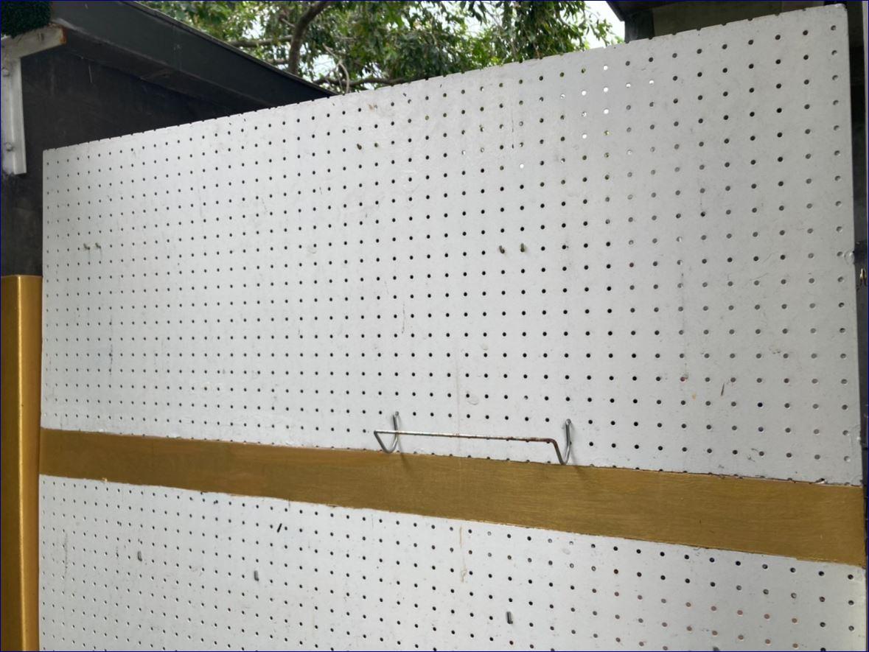 แผ่นโลหะฉลุลายตกแต่งเลเซอร์  บานประตูหน้าบ้าน หน้าต่างสำนักงานโรงแรม  Laser Cut Security  Front Home Door