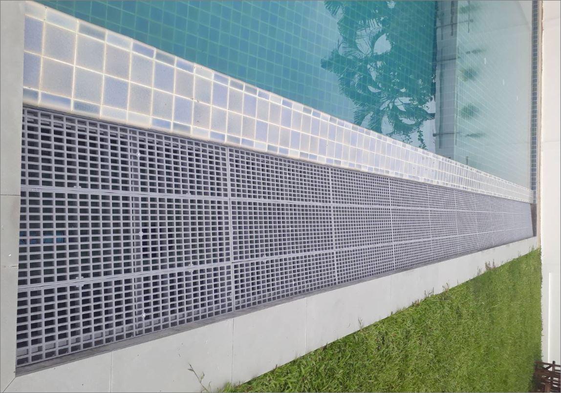 เกรตติ้งตะแกรงพลาสติคระบายน้ำสระว่ายน้ำ Swimming Pool Overflow Drainage Plastic Grating