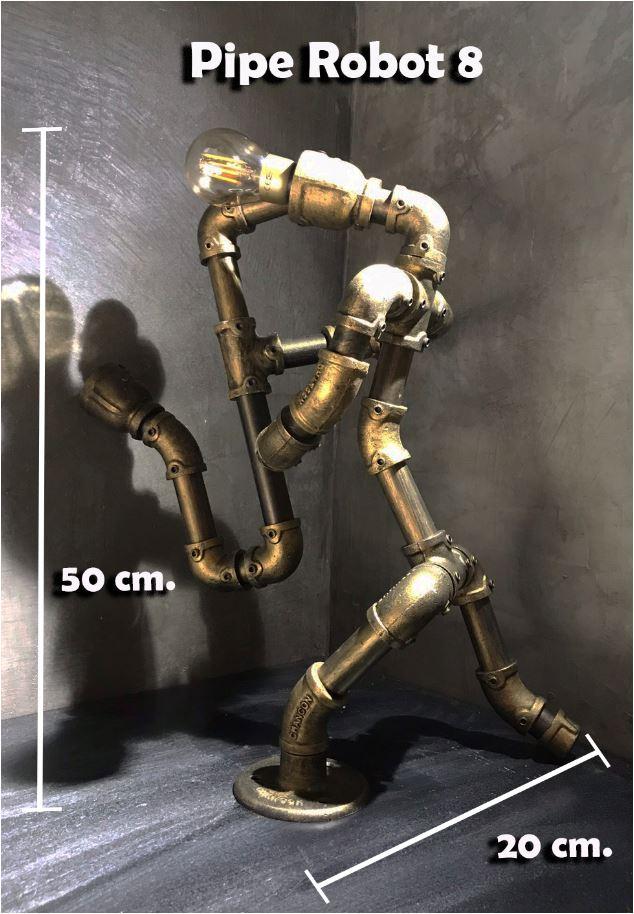 โคมไฟหุ่นยนต์ท่อเหล็กตั้งโต๊ะวางโชว์ติดผนัง ของขวัญวันเกิดตกแต่งบ้านร้านคอนโด    RustIronRobotStylePlumbingPipeTableLightingLamp