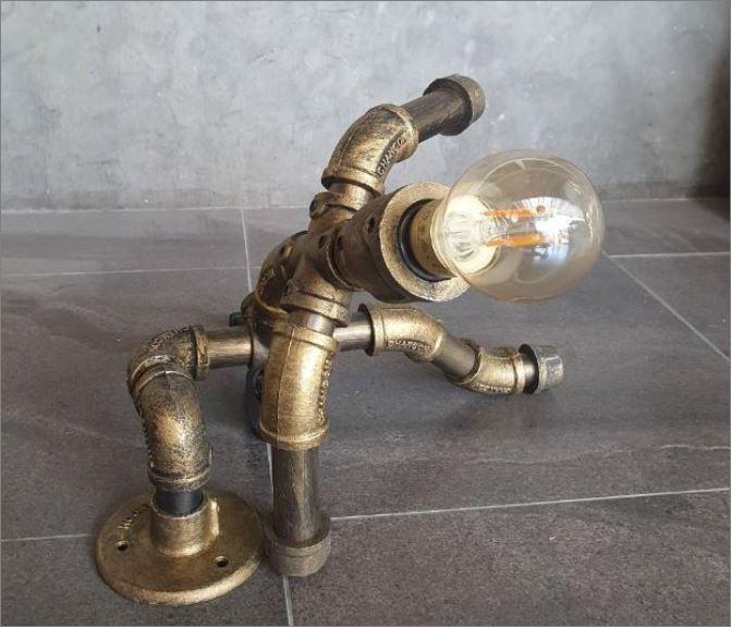 ของขวัญตกแต่งบ้านร้านกาแฟ  สไปเดอร์แมนโคมไฟหุ่นยนต์ท่อเหล็กตั้งโต๊ะวางโชว์ติดผนัง  HomeChristmasGiftSet MarvelSpiderMan TablePipeLampRobot